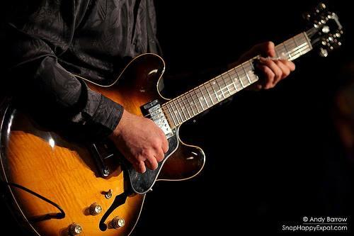 guitarshot